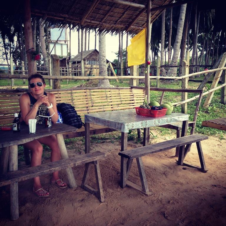 Petite pause déj (Nacpan beach)